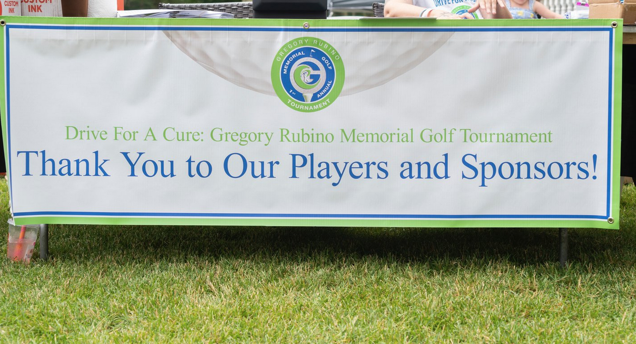 Golf event raises $16K for research